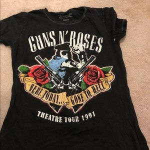 SOLD- GNR top